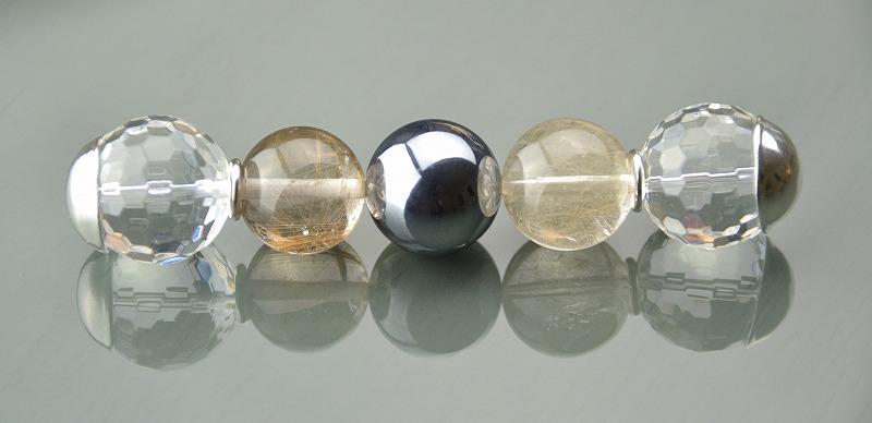 R1808025 テラヘルツ・ブロンズルチルクォーツ・カット水晶